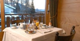 hotel-table-petit-dej2_Hotel-4-Vallees-Verbier.jpg