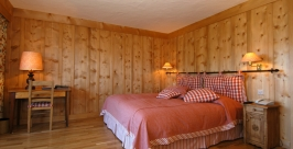 chambre_carreaux2_Hotel-4-Vallees-Verbier.JPG